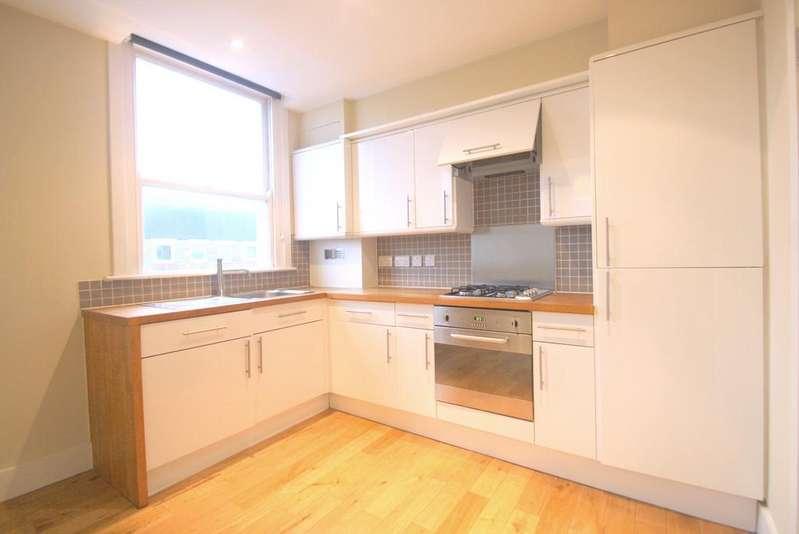 2 Bedrooms Flat for sale in Beatty Road , Stoke Newington , London N16