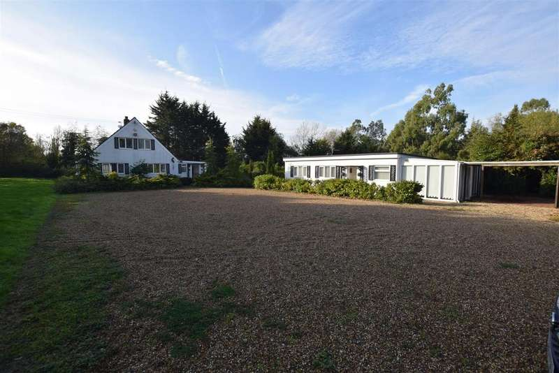 5 Bedrooms Chalet House for sale in Highlands Hill, Mayland