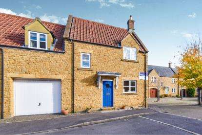 3 Bedrooms Semi Detached House for sale in Stoke-Sub-Hamdon, Somerset