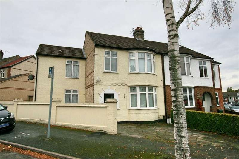 6 Bedrooms Semi Detached House for sale in Abbotts Crescent, Chingford, LONDON