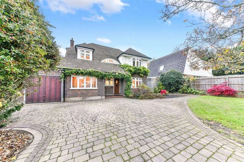 4 Bedrooms Detached House for sale in Park Hill Road, Wallington, SM6