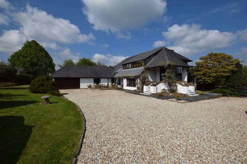 4 Bedrooms Property for sale in Tavistock Road, Launceston