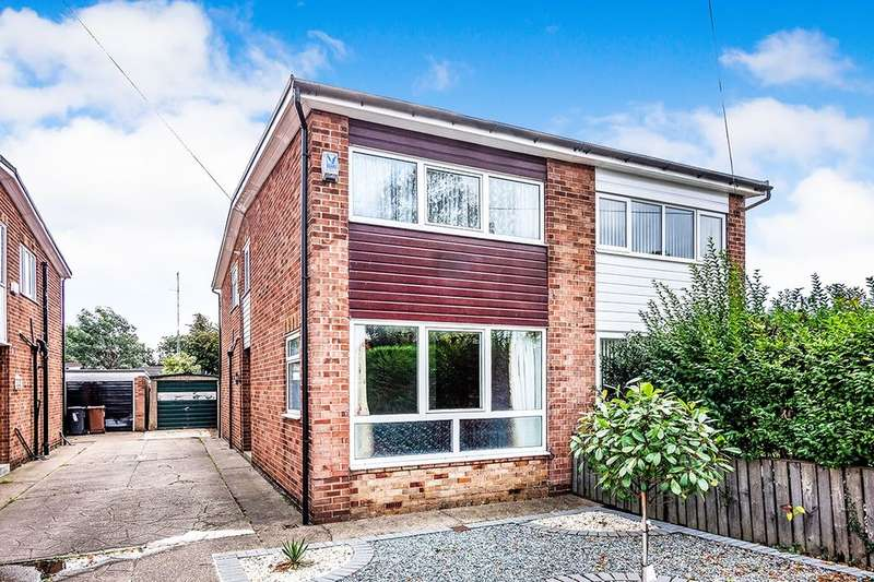 3 Bedrooms Semi Detached House for sale in Compass Road, Hull, HU6