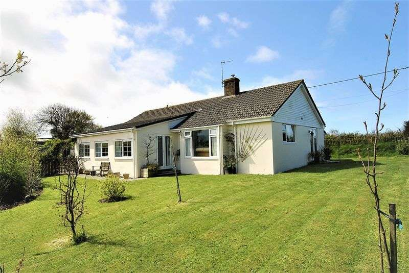 3 Bedrooms Property for sale in Philham Hartland, Bideford