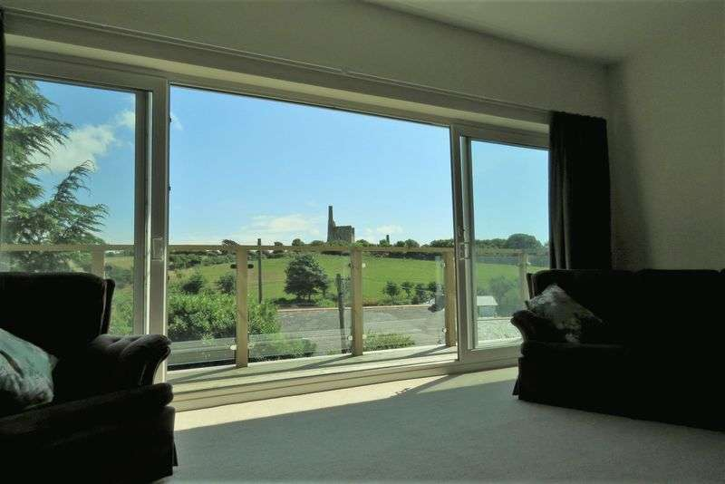 4 Bedrooms Property for sale in Lambourne Avenue Wheal Kitty, St. Agnes