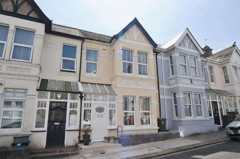3 Bedrooms Property for sale in Onslow Road Peverell, Plymouth