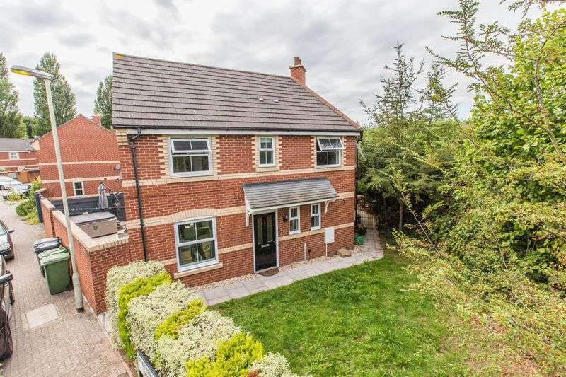 3 Bedrooms Property for sale in Whitefriars Walk, Exeter