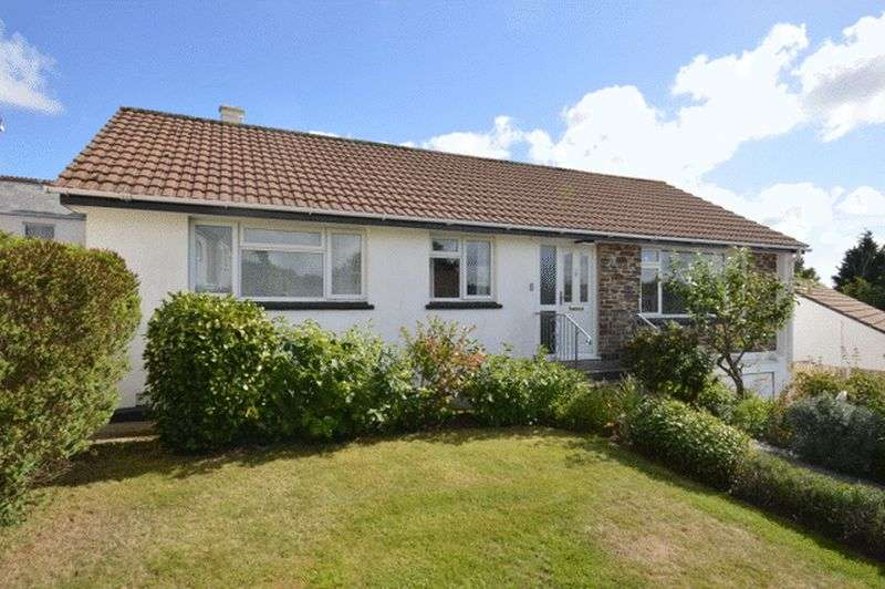 4 Bedrooms Property for sale in Tremena Gardens, St. Austell
