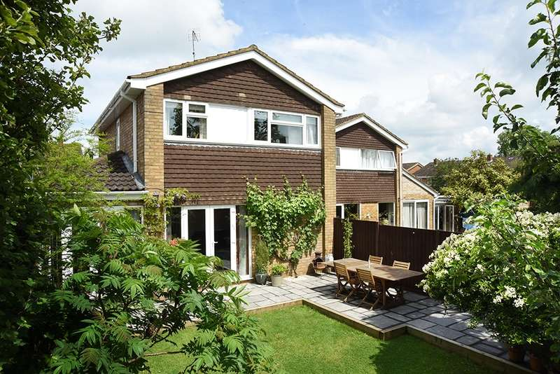 3 Bedrooms Link Detached House for sale in The Coppins, Ampthill, Bedfordshire, MK45