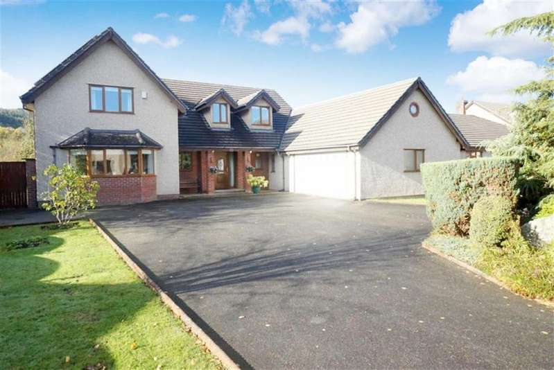 5 Bedrooms Detached House for sale in Parc Conwy, Llanrwst, Conwy