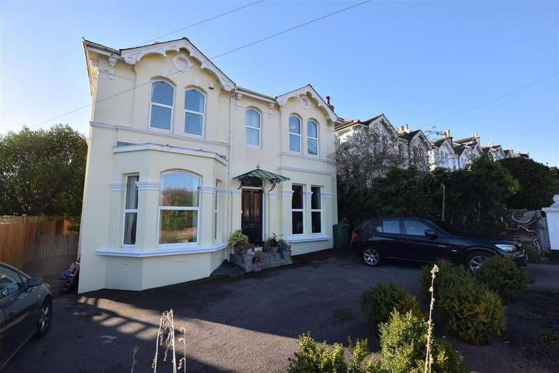 6 Bedrooms Detached House for sale in St Helens Park Road, Hastings