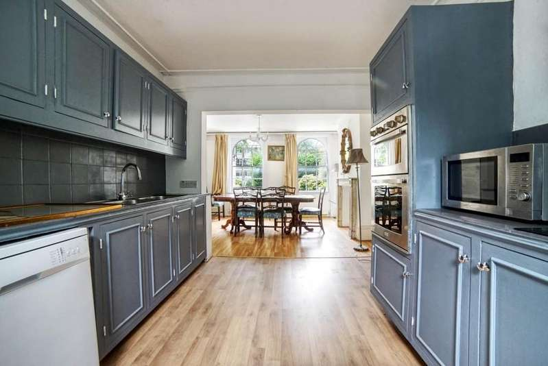 5 Bedrooms Terraced House for sale in Kennington Road, SE11