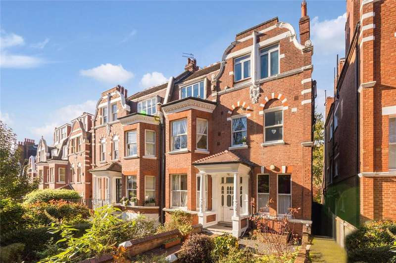 3 Bedrooms Flat for sale in Langland Gardens, Hampstead, London