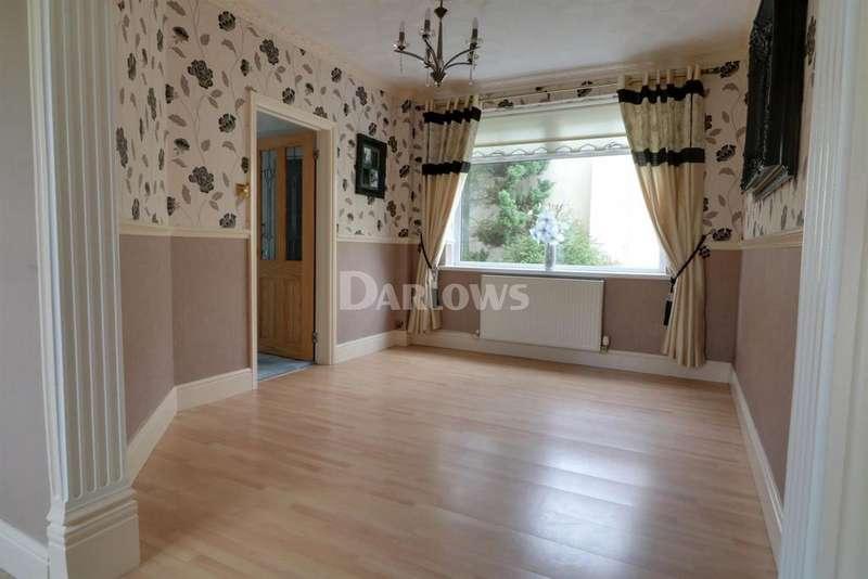 3 Bedrooms Detached House for sale in Tyn-Y-Bryn, Penrhys Road, Ystrad