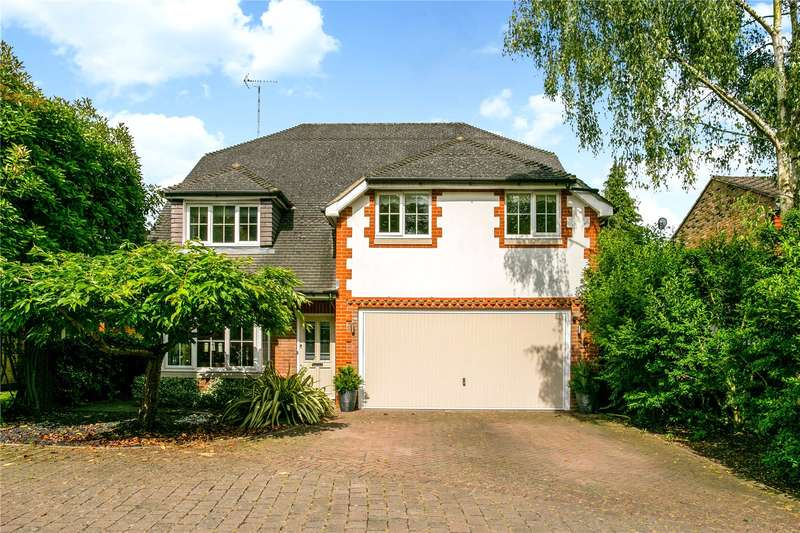 5 Bedrooms Detached House for sale in Armand Close, Watford, Hertfordshire, WD17