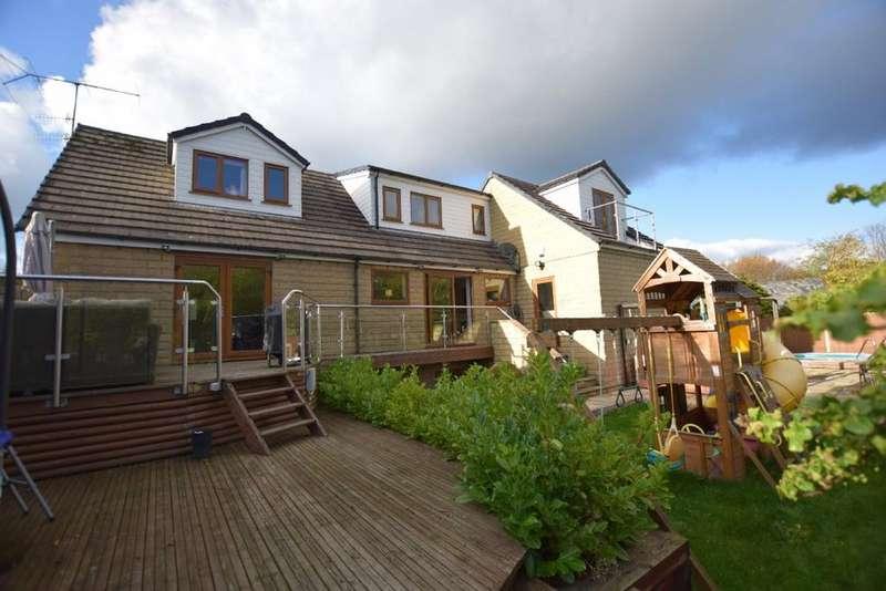 5 Bedrooms Detached House for sale in The Ridgeways, Hayfield