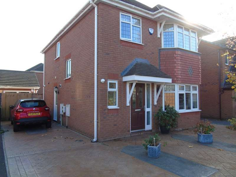 4 Bedrooms Detached House for sale in Flindo Crescent, Canton, Cardiff