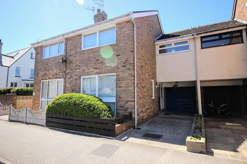 3 Bedrooms Town House for sale in North Church Street, Fleetwood