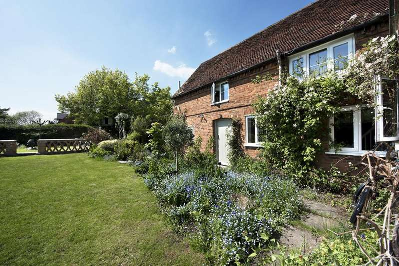 4 Bedrooms Cottage House for sale in Church Lane, Middleton, Tamworth