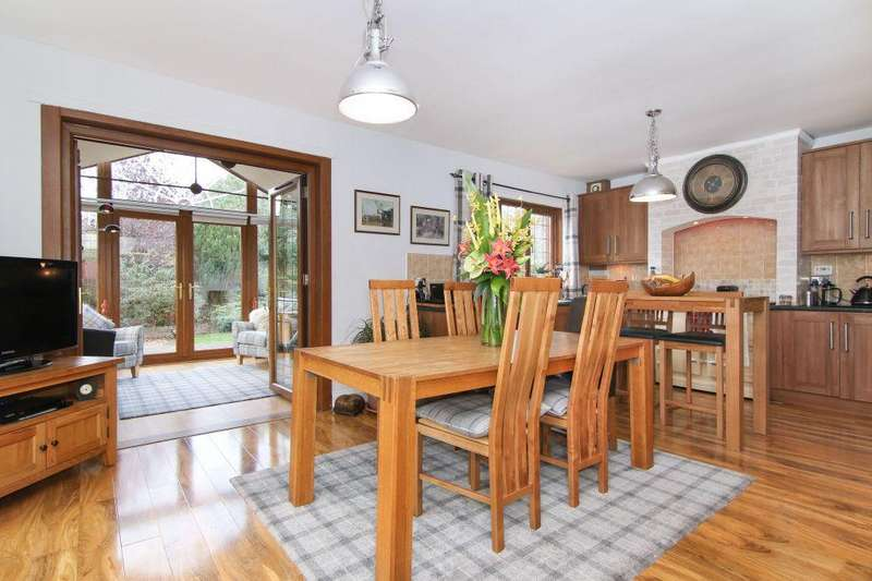 3 Bedrooms Detached House for sale in Seven Pines, 3 Wellington Cottages, Nr Penicuik, EH26 8PS