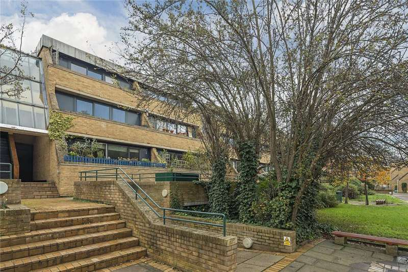 2 Bedrooms Flat for sale in Manor Place, Cambridge, CB1