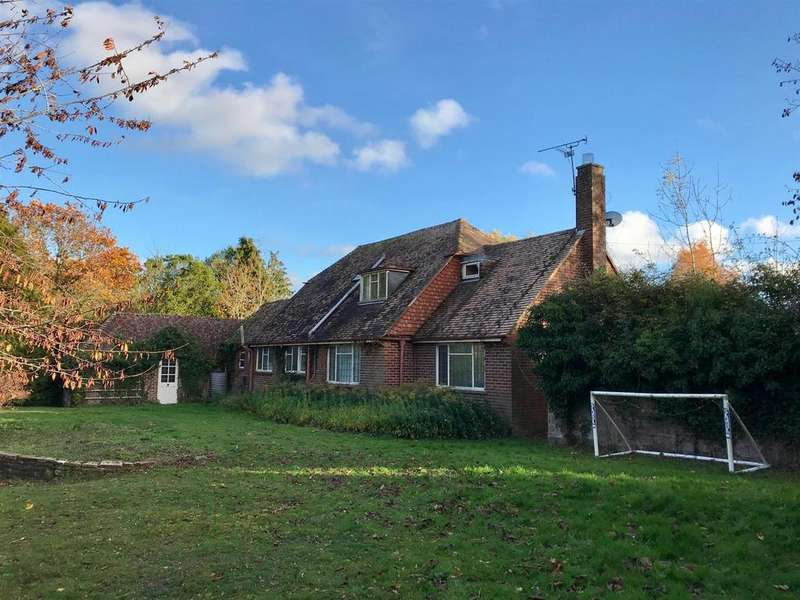 4 Bedrooms Detached House for sale in Leasam Lane, Playden, Rye