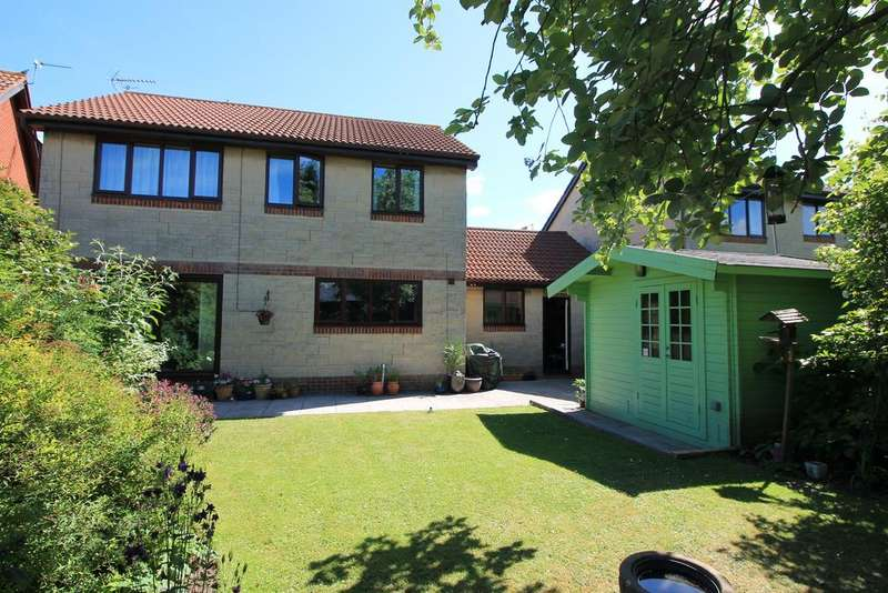 4 Bedrooms Detached House for sale in North End Road, Yatton, North Somerset