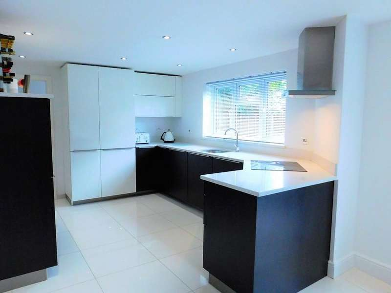 5 Bedrooms Semi Detached House for sale in Chase Close, Arlesey, Beds SG15 6UU
