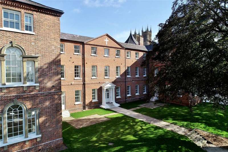 3 Bedrooms Flat for sale in Wordsworth Street, Lincoln, LN1
