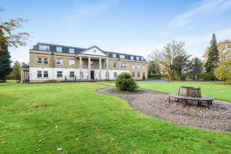 2 Bedrooms Flat for sale in Winkfield, Berkshire, SL4