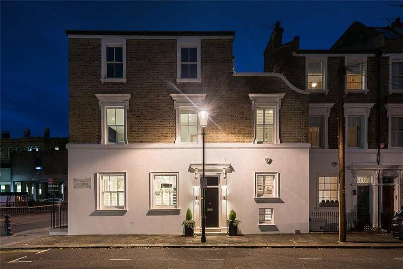 4 Bedrooms Semi Detached House for sale in Cale Street, London, SW3