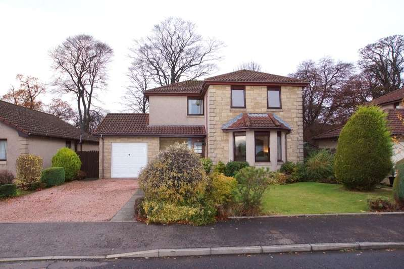3 Bedrooms Detached House for sale in Lundin View, Leven, KY8