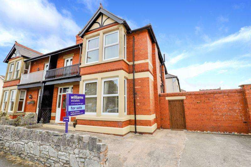 4 Bedrooms Semi Detached House for sale in Victoria Road, Prestatyn