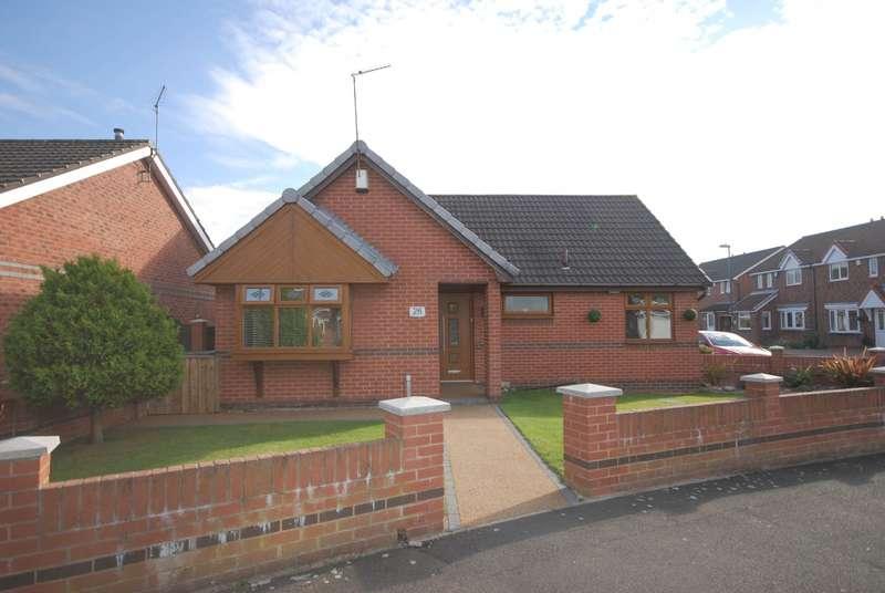3 Bedrooms Bungalow for sale in Woodvale Drive, Hebburn