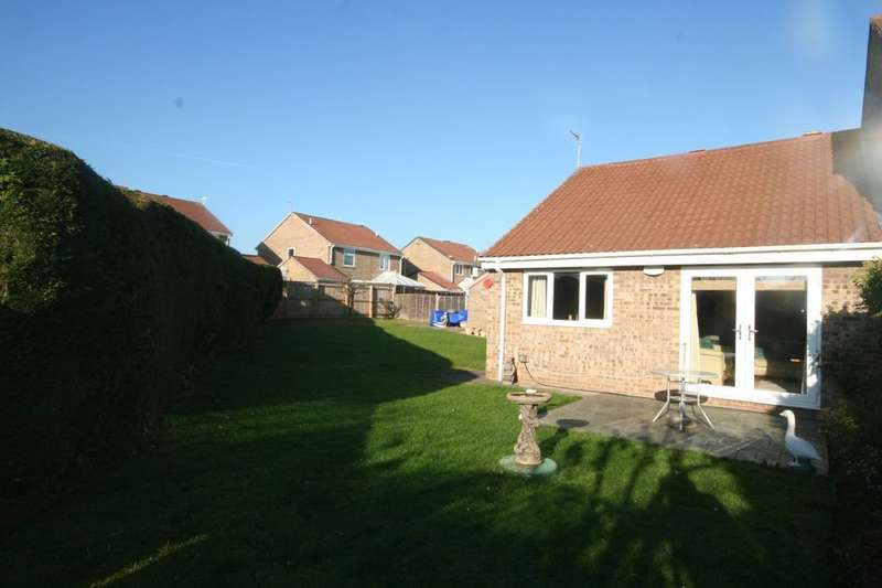 2 Bedrooms Semi Detached Bungalow for sale in Elmwood, Coulby Newham, Middlesbrough, TS8