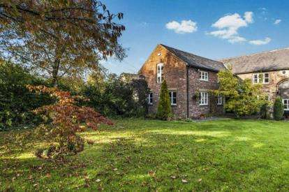 3 Bedrooms Barn Conversion Character Property for sale in Pocket Nook Lane, Lowton, Warrington, Cheshire