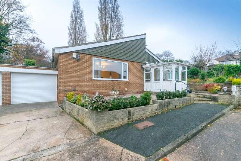3 Bedrooms Detached Bungalow for sale in Moor Farm Gardens, Leeds, West Yorkshire, LS7