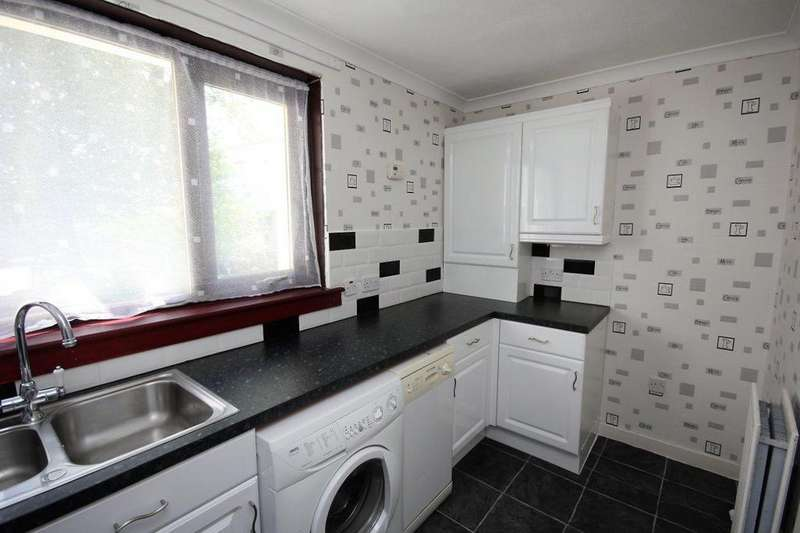 1 Bedroom Ground Flat for sale in 1e Gillsburn Gardens Kilmarnock KA3 1DZ
