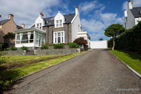 5 Bedrooms Detached House for sale in 'Meldrum' Heugh Road, Portpatrick DG9