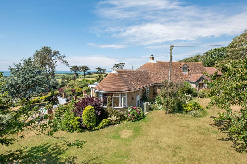 5 Bedrooms Detached Bungalow for sale in Brighstone, Isle of Wight