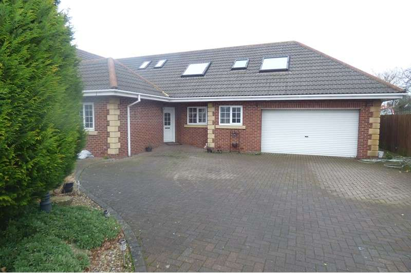 6 Bedrooms Property for sale in Woodhorn Court, Ashington, Ashington, Northumberland, NE63 9AH