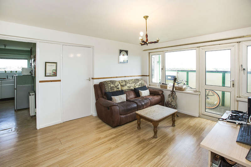 1 Bedroom Flat for sale in Butchers Road, London, E16