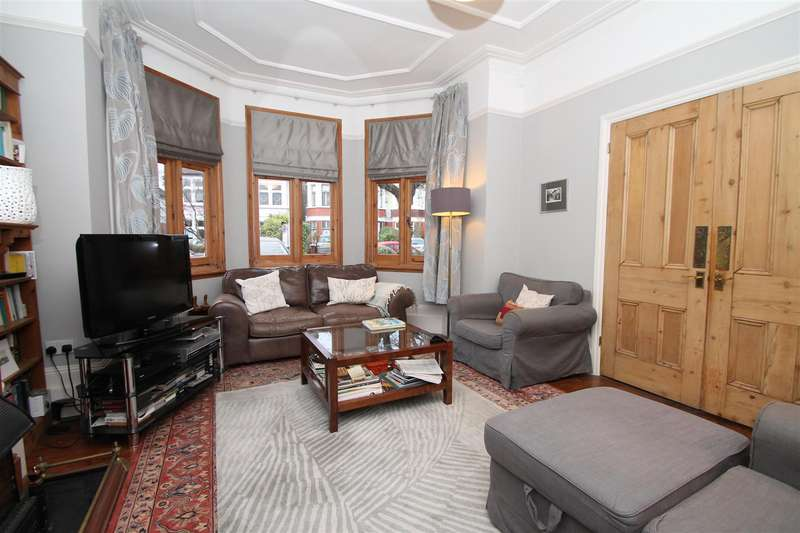 6 Bedrooms Semi Detached House for sale in The Mall, Southgate, London N14