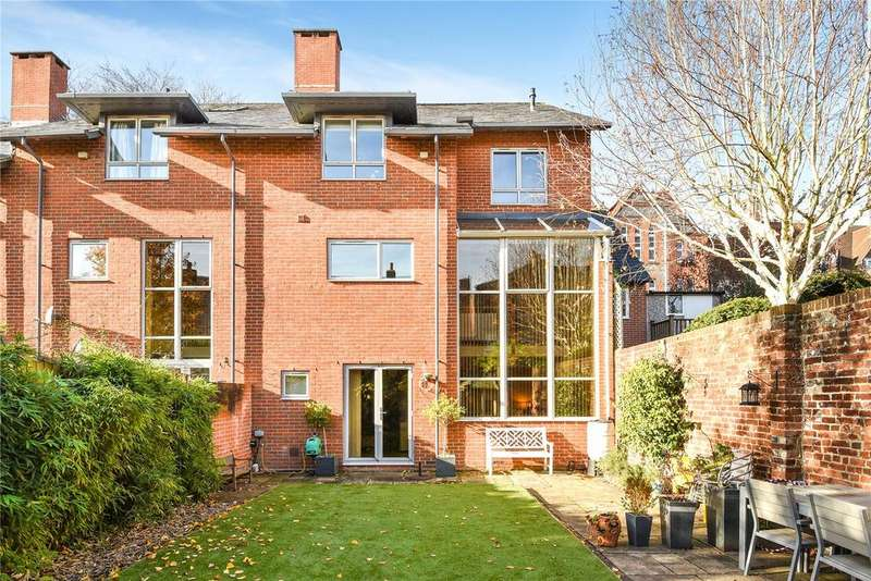 5 Bedrooms End Of Terrace House for sale in Liberty Mews, Edgar Road, Winchester, Hampshire, SO23