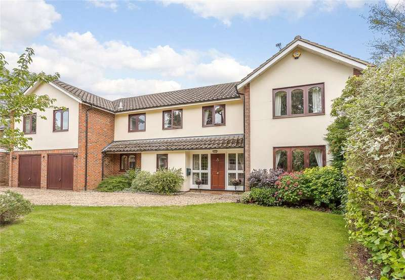 5 Bedrooms Detached House for sale in The Warren, Harpenden, Hertfordshire