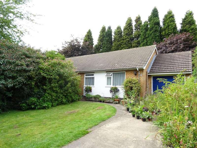 3 Bedrooms Detached Bungalow for sale in Hawthorne Drive, Ibstock, Leicestershire