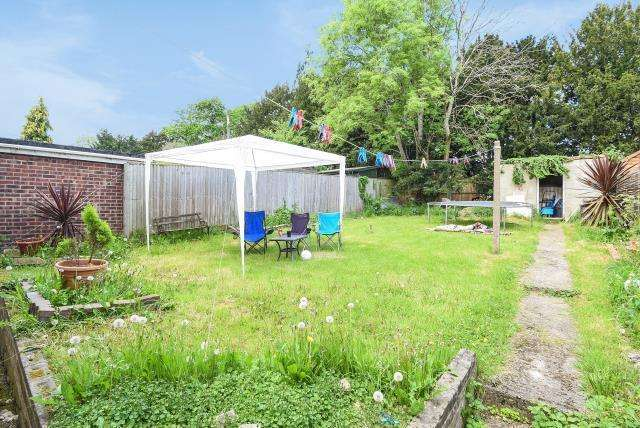 3 Bedrooms House for sale in Wensley Road, Reading, RG1