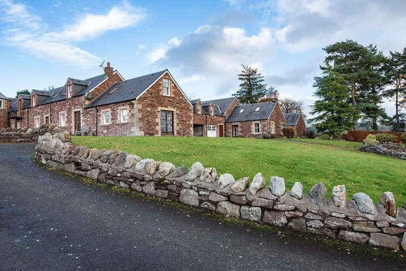 4 Bedrooms Barn Conversion Character Property for sale in Hillside Farm, Dunblane, Scotland, FK15 9NT