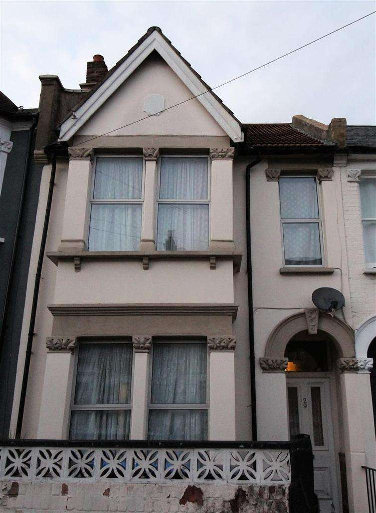 4 Bedrooms House for sale in Fortune Gate Road, London