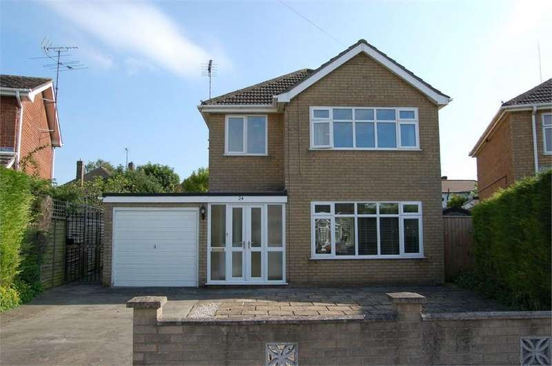 3 Bedrooms Detached House for sale in Osier Road, Spalding, PE11